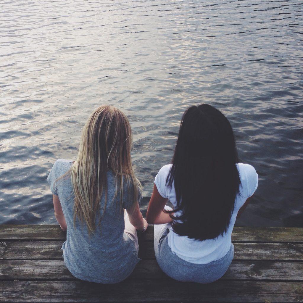 Ole ystävä